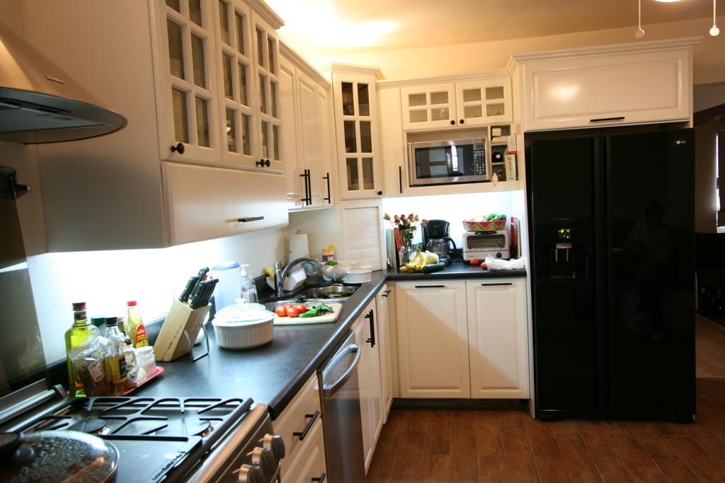 C3 cocinas closets carpinteria profesional y for Cocinas tradicionales blancas